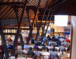 """Die Teilnehmer der Tagung """"Biologische Vielfalt in Teichgebieten"""" vom Donnerstag, 24. April bis Samstag, 26. April 2008 im Rittergut Knau (Thüringen)"""